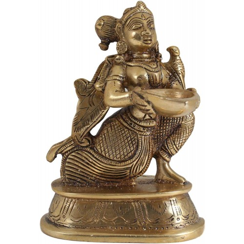 Brass Paavai Lamp in Sitting Posture